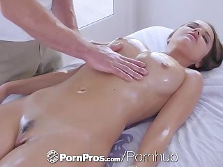 PornPros cascading humid lose one's temper rubdown and tear up for chesty Dillion Harper lam out of here porn