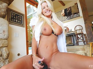 Cougar neighbor Brittany gives an amazing show for the camera