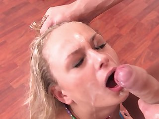 Blonde girlfriend Ivana Sugar gets rough mouth fucked + facial