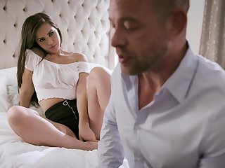 Daddy can't say no to fucking awesome stepdaughter Alina Lopez