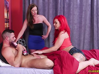 Holly Kiss invited over her best friends to blow her hubby