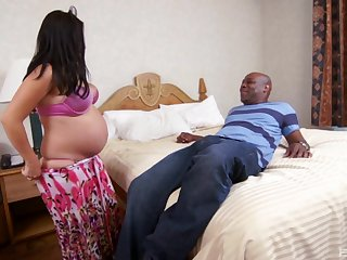 Pregnant wife Erika Vegas enjoys getting fucked on the bed